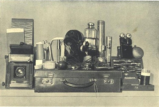 History van ghost hunt apparatuur